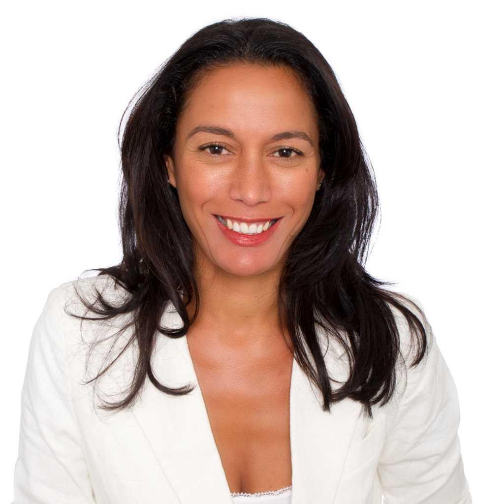 Jamila  Dlala